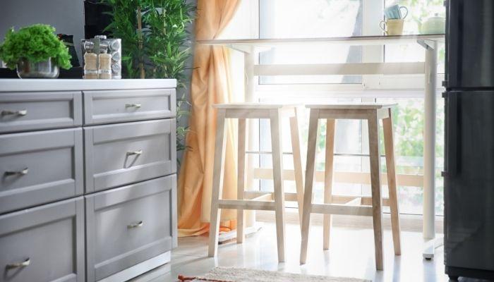 bright-airy-kitchen